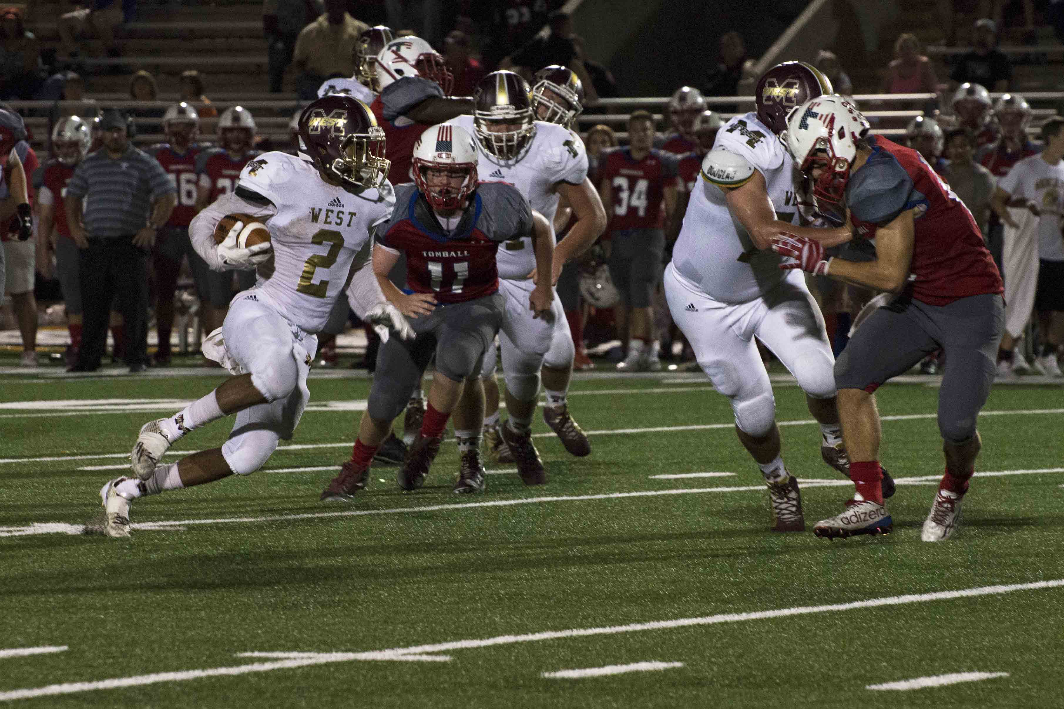 Mustangs+Win+over+Tomball